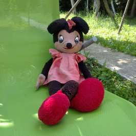 Meet Minnie Mouse the unofficial version