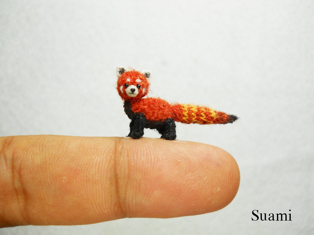 Amigurumi Red Panda : Check out these tiny crochet animals (really tiny ...