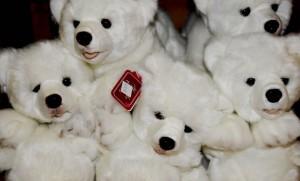 Making a stuffed animals zoo