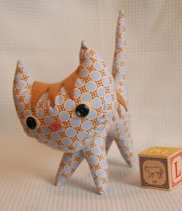 How to make a stuffed cat