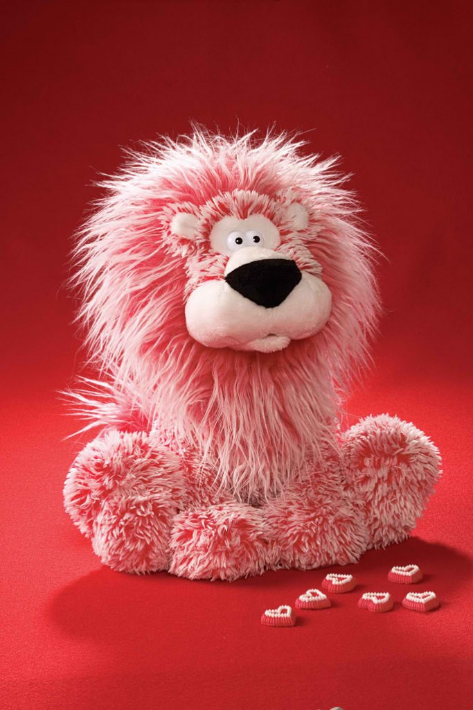 Lenny animated stuffed lion