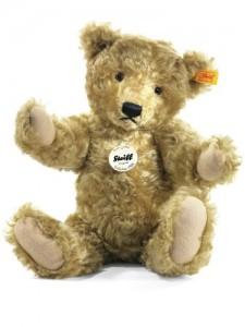 How one Steiff teddy bear created the Never-Ending Polo Bear