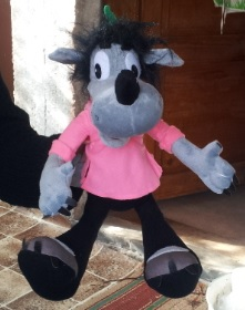 Check out the talking stuffed Volk from Nu, Pogodi!