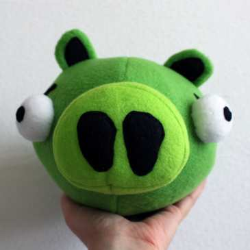How to make a stuffed Angry Birds Pig