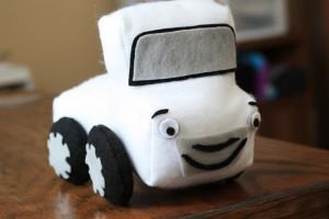 How to make a stuffed pickup truck