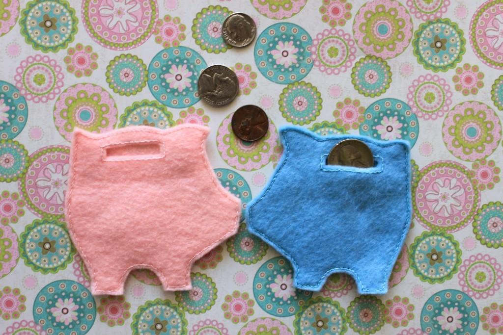 How to make a stuffed piggy bank