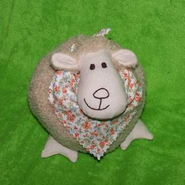 How to make a stuffed sheep