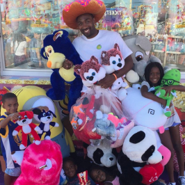 Ex-NBA star got banned from county fair for winning all stuffed animals