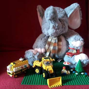 Five things stuffed animals and LEGO have in common