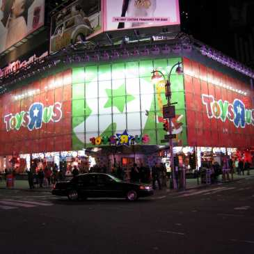 The demise of Toys R Us didn't destroy the toy market