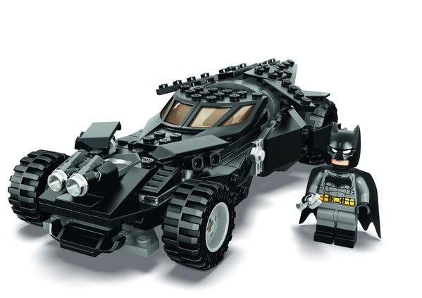 LEGO unveils details about new Batman v Superman playsets