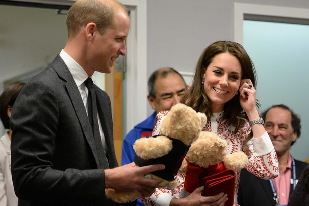 Kate Middleton received adorable teddy bears from a 5 year-old girl