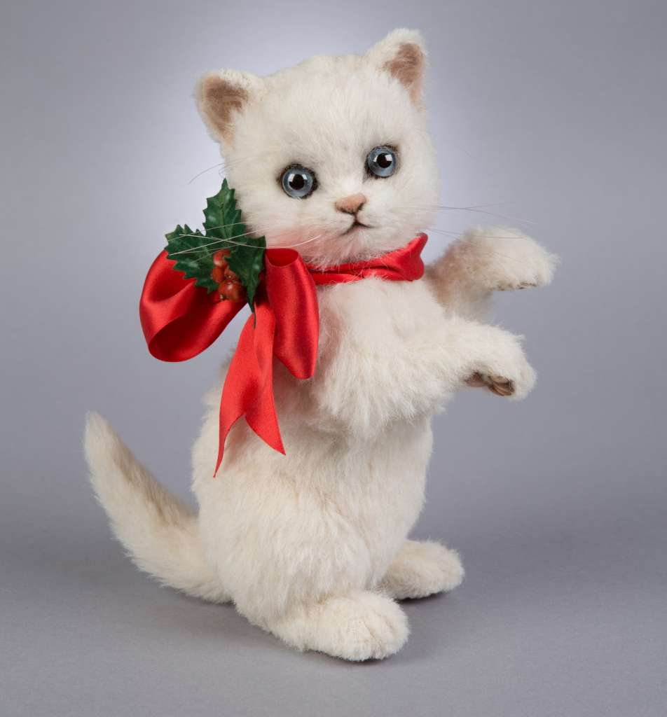 R. John Wright releases a special new Christmas Kitten Holly stuffed animals