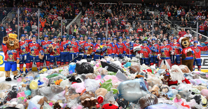 Edmonton Oil Kings broke its annual Teddy Bear Toss Record