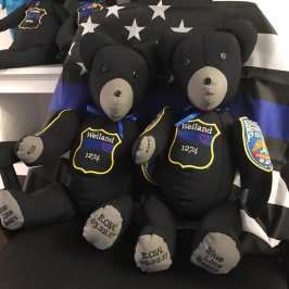 A florida teen makes special teddy bear keepsakes for the families of fallen officers