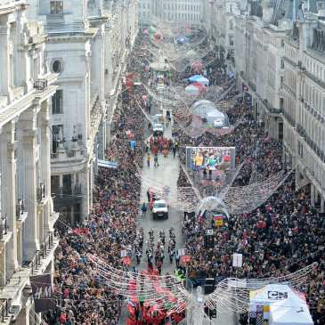 Hamleys' Christmas Toy Parade gathered 800 000 people in London