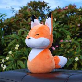 Natural Pop is a new stuffed animal company making cute plushies and needs your help
