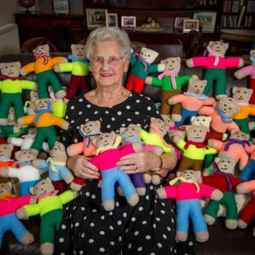 91-year-old grandmother has knitted more than 8000 teddy bears for charity