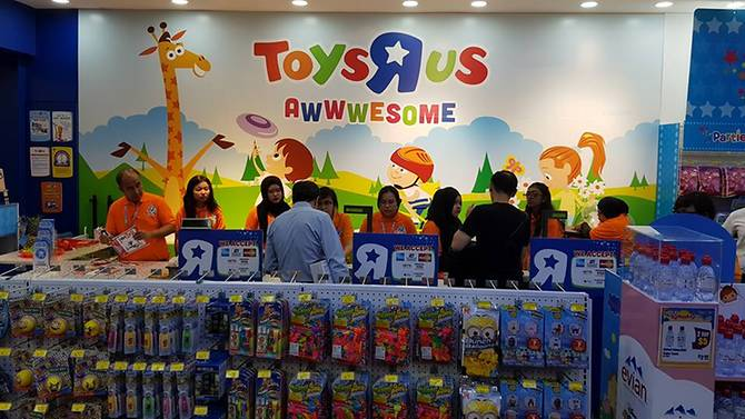 Is Toys R US coming back? A former CEO thinks it's possible