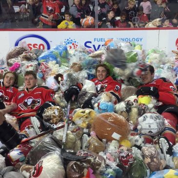 The Calgary Hitmen got almost 30 000 stuffed animals on their teddy bear toss