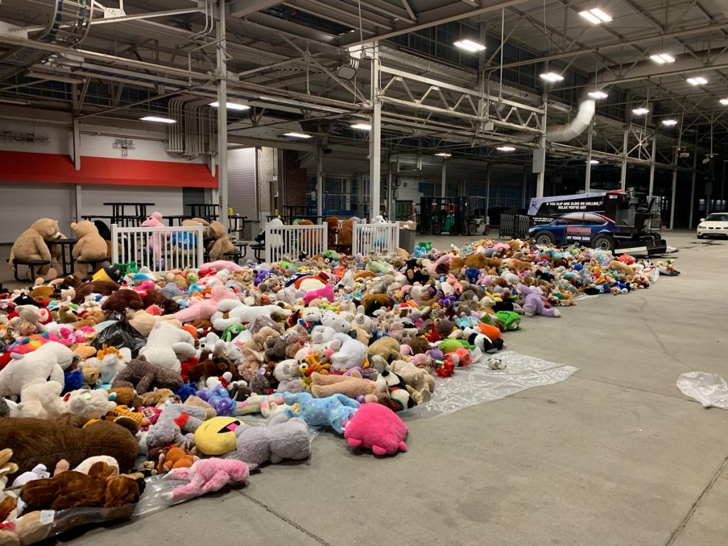 Indy Fuel fans join the teddy bear toss season with thousands of stuffed animals