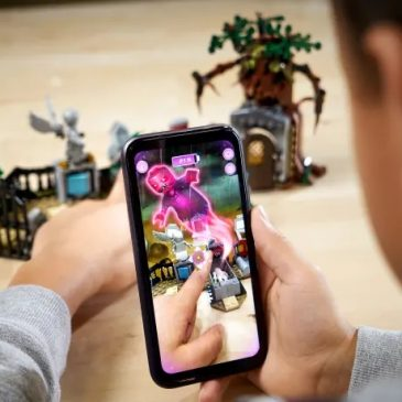 LEGO introduces AR playsets