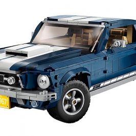 This LEGO Ford Mustang might just be LEGO's best vehicle yet