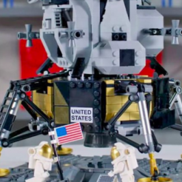 LEGO and NASA will release an Apollo 11 moon lander playset