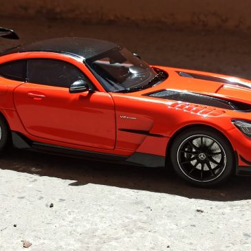 1:18 Norev 2020 Mercedes-Benz AMG GT Black Series magma beam Review